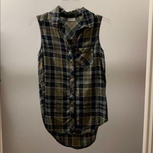 Plaid sleeveless button up shirt
